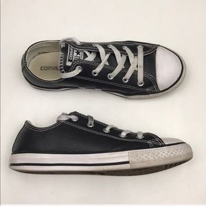 Converse Black White Lace Up Sneakers